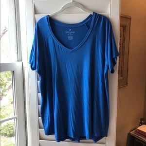American Eagle Soft & Sexy V Neck T Shirt Size XL